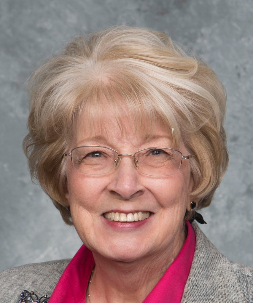 Head shot of Gail Showalter